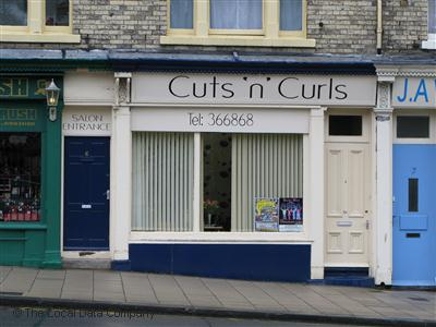 "Cuts ""n"" Curls Scarborough"