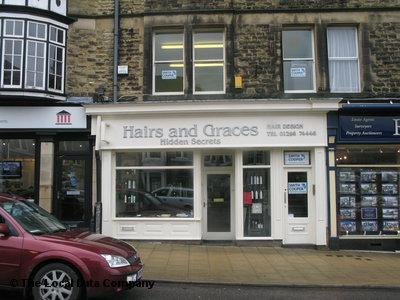 Hairs & Graces Buxton