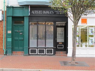 Altered Images Unisex Hairdressers Flint