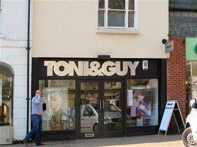 Toni & Guy Banbury