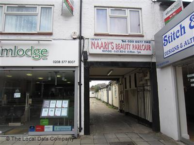 "Naari""s Beauty Parlour Hounslow"