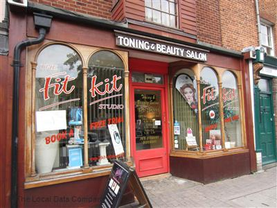 Beauty salons in oxford recommended oxford beauty salons for Nail salon oxford