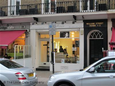 A M Beauty Salon London
