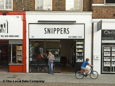Snippers hair salon london hairdressers in palmers green for A salon palmers green
